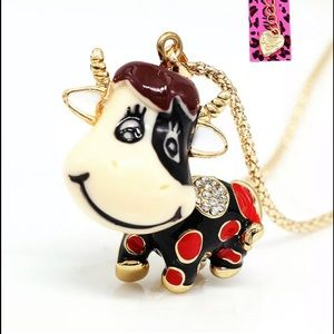 JUST IN! NWT Betsey Johnson Cow 🐄Chain. Adorbs!!